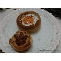 Ekmekiçi Yumurta