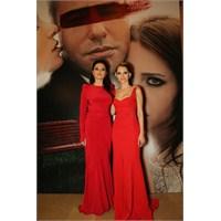 Aşk Kırmızı Gala Kıyafetleri