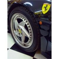 Sadece 7177 Tane Üretilen Ferrari'yi Kullanmak...
