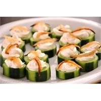 Salatalıkla Hazırlanmış Kolay Atıştırmalıklar