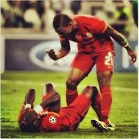 Bırak Bu Ayakları Eboue
