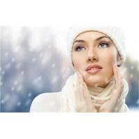Soğuk Havalarda Cilt Bakımı Nasıl Yapılır?