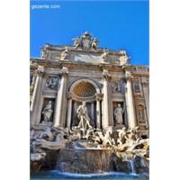 Roma'da Aşk Çeşmesinde Dilek Tutmak