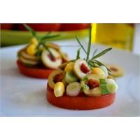 Pratik Yeşil Zeytin Salatası