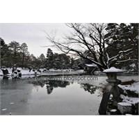 Kenrokuen Japon Bahçesi