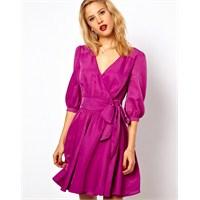 2013 Modasının Gözdesi : Mor Renkli Elbiseler