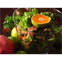 Bir Kova Salata