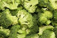 Bebeğinize Ebru Şallı Dan Brokoli Püresi Tarifi
