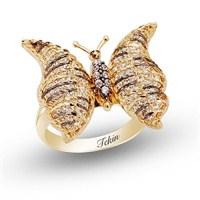 Kelebekler Kadar Özgür Olmak