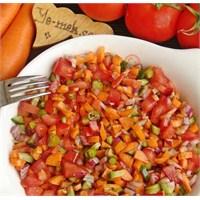 Havuçlu Ve Nar Ekşili Çoban Salatası (Resimi)