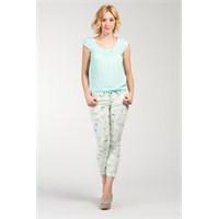 Yaz Modasına Özel Çiçekli Pantolonlar