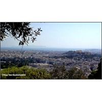 Atina'da İlk Gün
