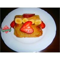 Muhallebili Tost Ekmeği Tatlısı