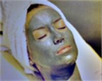 Ergenlik Sivilceleri İçin Maya Maskesi
