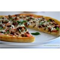 Kavurmalı Nefis Pizza Tarifi