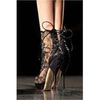 Topuklu Ayakkabılar Ve İmelda Marcos
