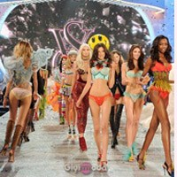 Yılın Beklenen Defilesi Ve Victoria's Secret 2013