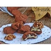 Çikolatalı Ceviz Nasıl Yapılır?