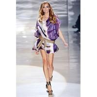 Gucci 2012 İlkbahar Yaz Kadın Kıyafetleri Tanıtım