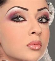 Gelin Makyajında Göz Makyajı Nasıl Yapılır?