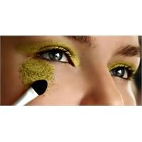 Göz Makyajı İçin Küçük Hileler