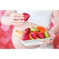 Bebek Sağlığı İçin Doğru Şeyleri Yemek