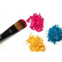 Kıyafet Rengine Uygun Makyaj Önerileri