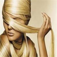 Parlak Saçlar İçin 14 Dakika Yeter