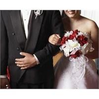 Evlenen Kadın Tazminatını Alarak İşinden Ayrılır