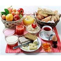 Sabah Kahvaltısı Zayıflatır