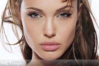 Angelina Jolie'nin Dudaklarına Sahip Olun