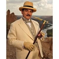 Hercule Poirot Geri Dönüyor!