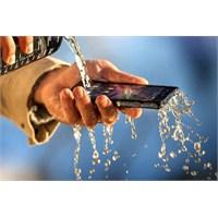 Sony'den Suya Toza Dayanıklı Telefon: Xperia Z