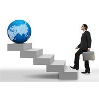 Hayat, Biz Planlar Yaparken Karşımıza Çıkanlardır