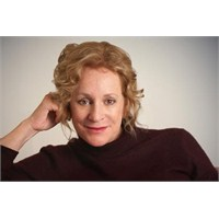 Philippa Gregory Ne Okuyor?