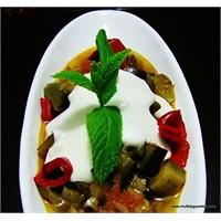 Zeytinyağlı Patlıcan-yoğurtlu