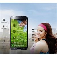 Galaxy S4 Samsung'un Stoklarını Zorluyor