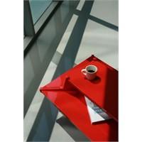 Koreli Kırmızı Sehpa Modeli