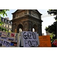 Paris'ten Gezi Parkı İçin Destek Verdik..