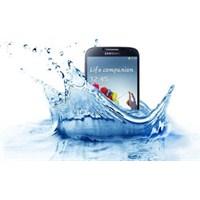 Suya Ve Toza Dayanıklı Galaxy S4 Active Yolda!