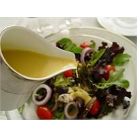 Salata Sosu, Nar Pekmezli - Yogurtkitabı.Com