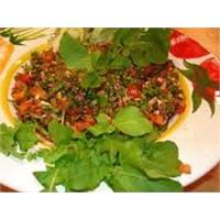 Mükemmel Gavurdağı Salatası