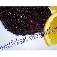 Portakallı Ve Bademli Siyah Pilav