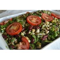 Anneminelinden Aşure Salatası