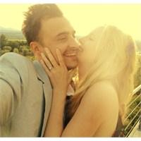 Candice Accola Nişanlanmış