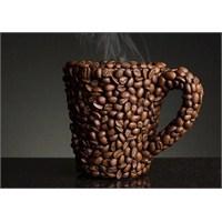 Bir Fincan Kahvenin Kırk Yıl Hatırı Vardır..