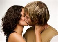 Aşk Kadına Neler Yaptırır ?
