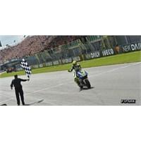 Motogp: Rossi 3 Yıl Sonra Tekrar Zirvede