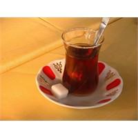 Bir Çay Daha Lütfen!