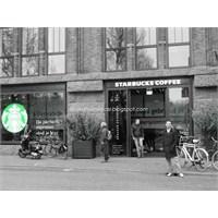 Amsterdam'da Farklı Bir Starbucks